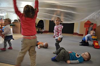 Obserwacja małego dziecka - jak rozpoznawać i lepiej rozumieć procesy rozwojowe?